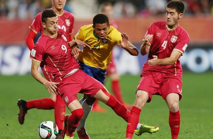 Hexa adiado: Brasil vai bem, mas Sérvia é campeã mundial Sub-20