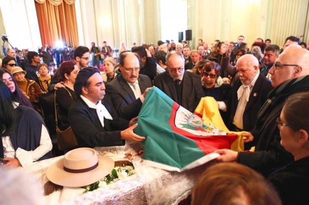 Decretado luto oficial de três dias no RS em função da morte de Nico Fagundes