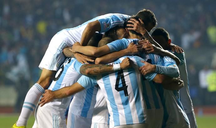 Argentina passeia contra o Paraguai e garante vaga na final da Copa América