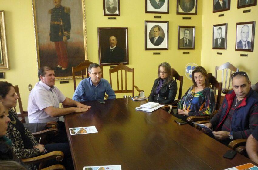 Comissão organizadora da Expovac 2015 realizou mais uma reunião