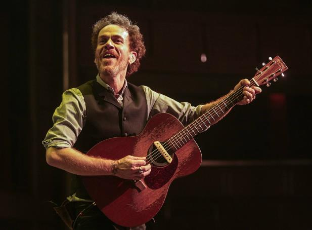 Nando Reis anuncia show extra em Porto Alegre