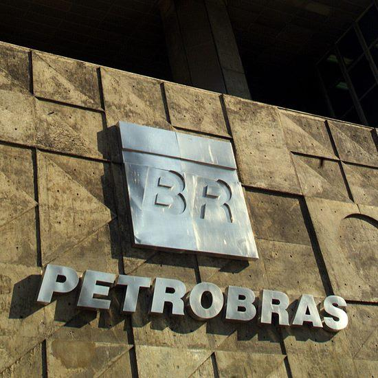 Petrobras definirá venda de ativos sob protesto dos trabalhadores