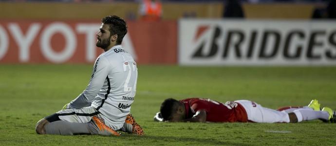 Inter vira presa fácil, toma 3 do Tigres e adia sonho do tri da Libertadores