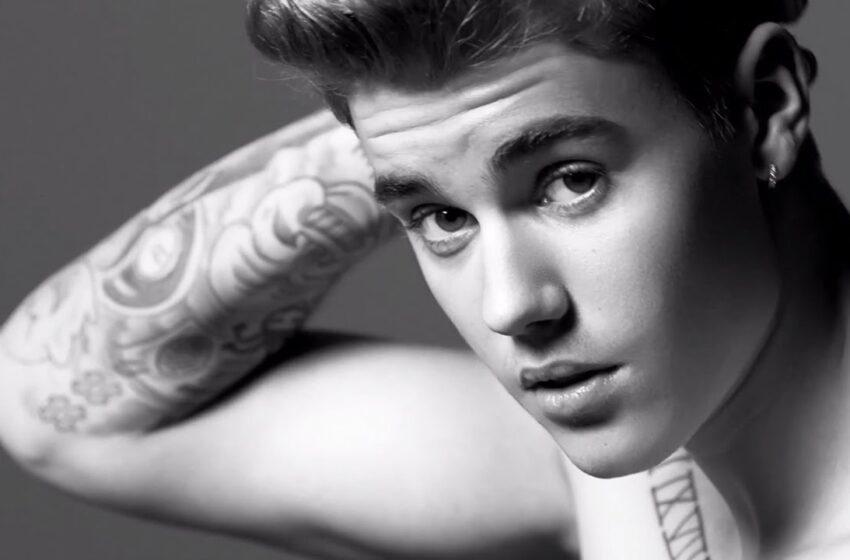 """Justin Bieber fala sobre colaboração com Kanye West: """"Tem uma atmosfera nova-iorquina"""""""