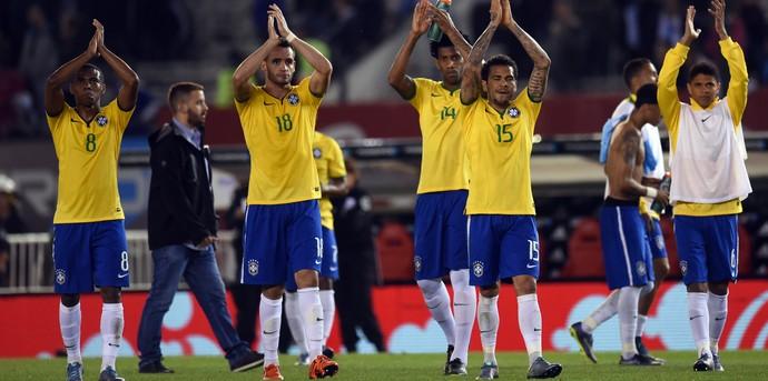 Brasil busca o empate e mergulha Argentina na crise