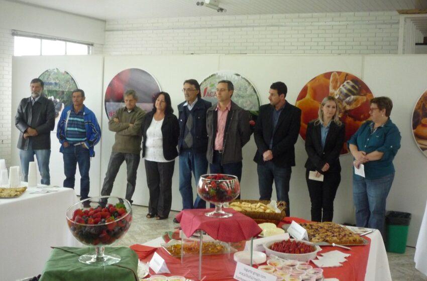 Lançado oficialmente a Feira de Pequenas Frutas, Artesanato e Mel de Vacaria e Feira de Frutas Nativas do RS