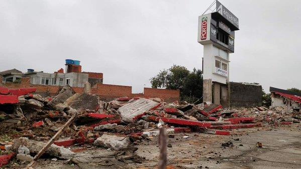 Brasil de Pelotas inicia demolição de arquibancada do Bento Freitas