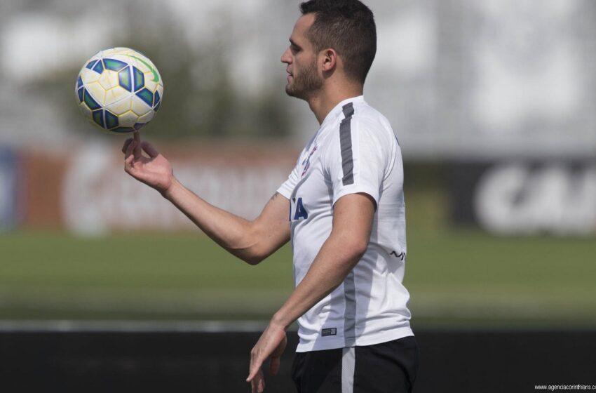 Renato Augusto sustenta vantagem e leva o Troféu Armando Nogueira 2015