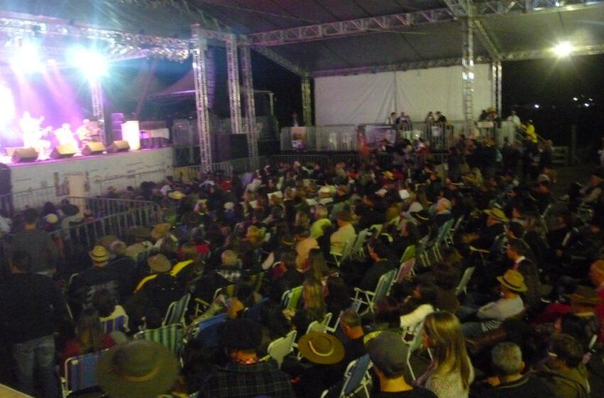 Memória de Campeiro vence 10ª Edição do Festival Cante Uma Canção em Vacaria