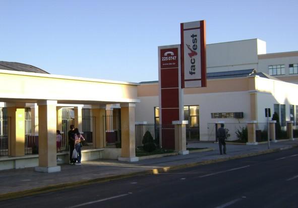 Associação dos Universitários de Vacaria vai realizar o último recadastramento e cadastramento de alunos que viajam para Lages