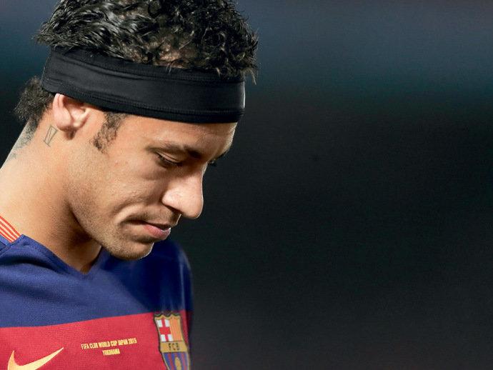 Neymar e o Fisco: a bola fora do craque