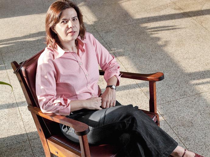 Proposta de currículo nacional 'joga o nível lá embaixo', critica educadora