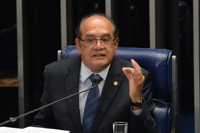 """Em Lisboa, Mendes denuncia """"sistema de corrupção generalizada"""" no Brasil"""