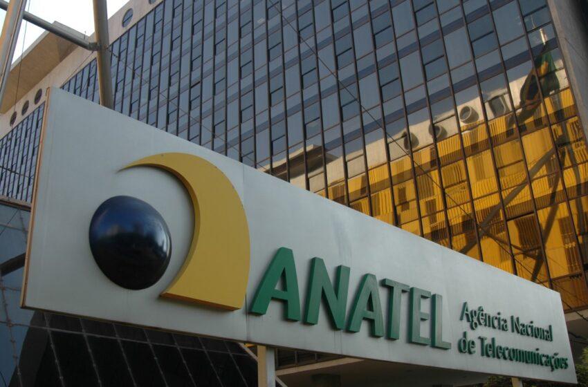 Anatel suspende corte ou redução de internet fixa após fim da franquia