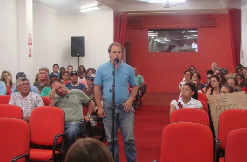 Servidores municipais rejeitam reajuste de 6,5 por cento