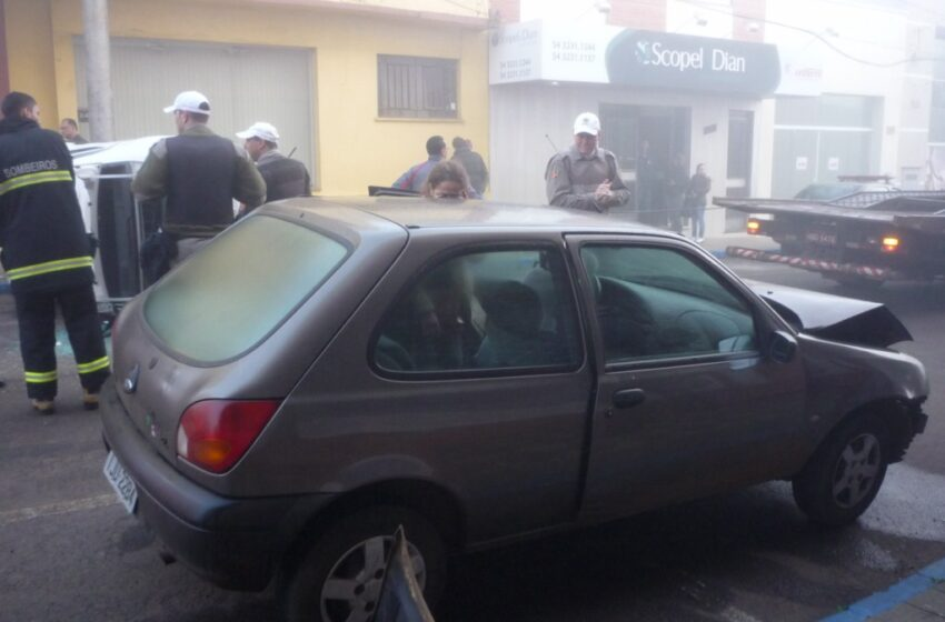 Condutor do Fiesta que causou acidente hoje pela manhã foi autuado em flagrante