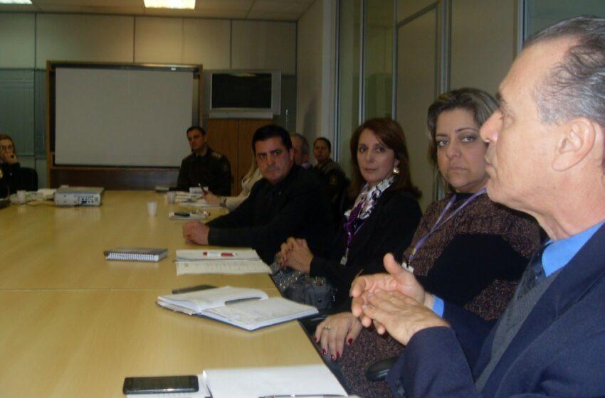Ações do programa RS na Paz são discutidas na Secretaria de Segurança