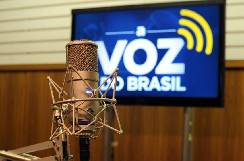 Prorrogada autorização de flexibilização ou dispensa da Voz do Brasil para veiculação de jogos de futebol