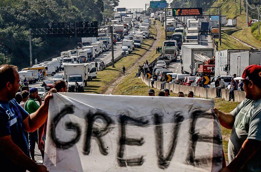 Caminhoneiros de mais de 20 Estados devem entrar em greve na próxima semana