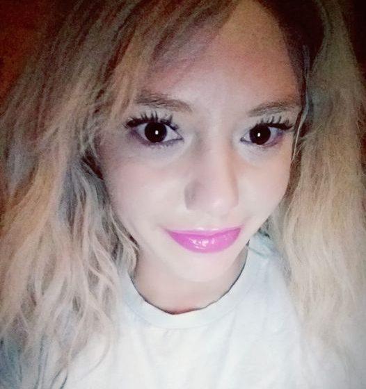 Família procura moça desaparecida